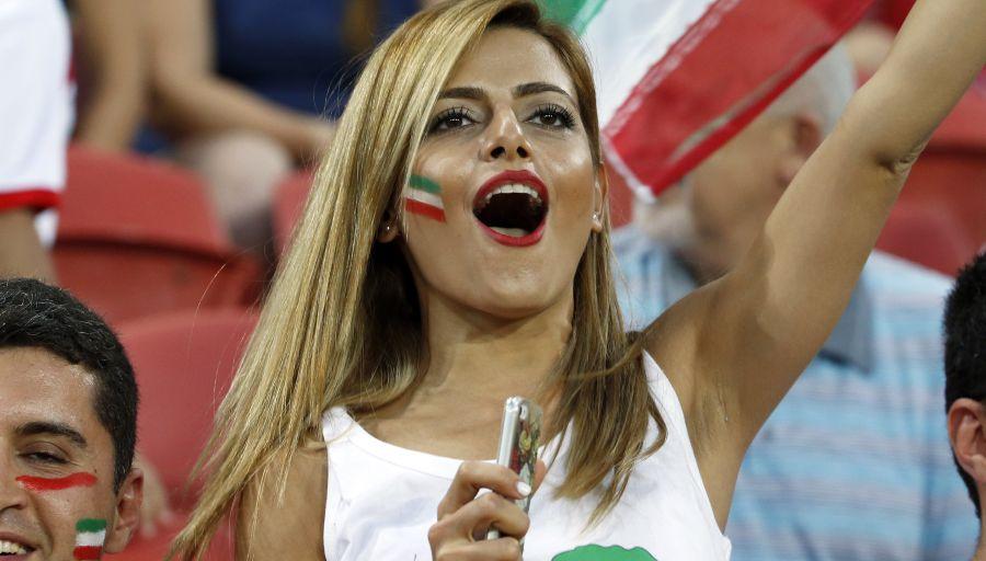 Iran : premières supportrices dans des stades depuis 37 ans